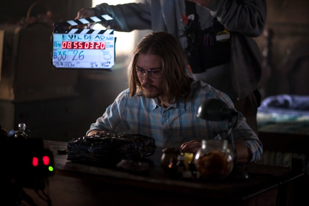 Lou Taylor Pucci (Eric) on the set of Evil Dead 2013.